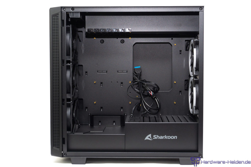 Sharkoon REV220 Innenraum