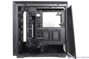NZXT H710i Rückseite